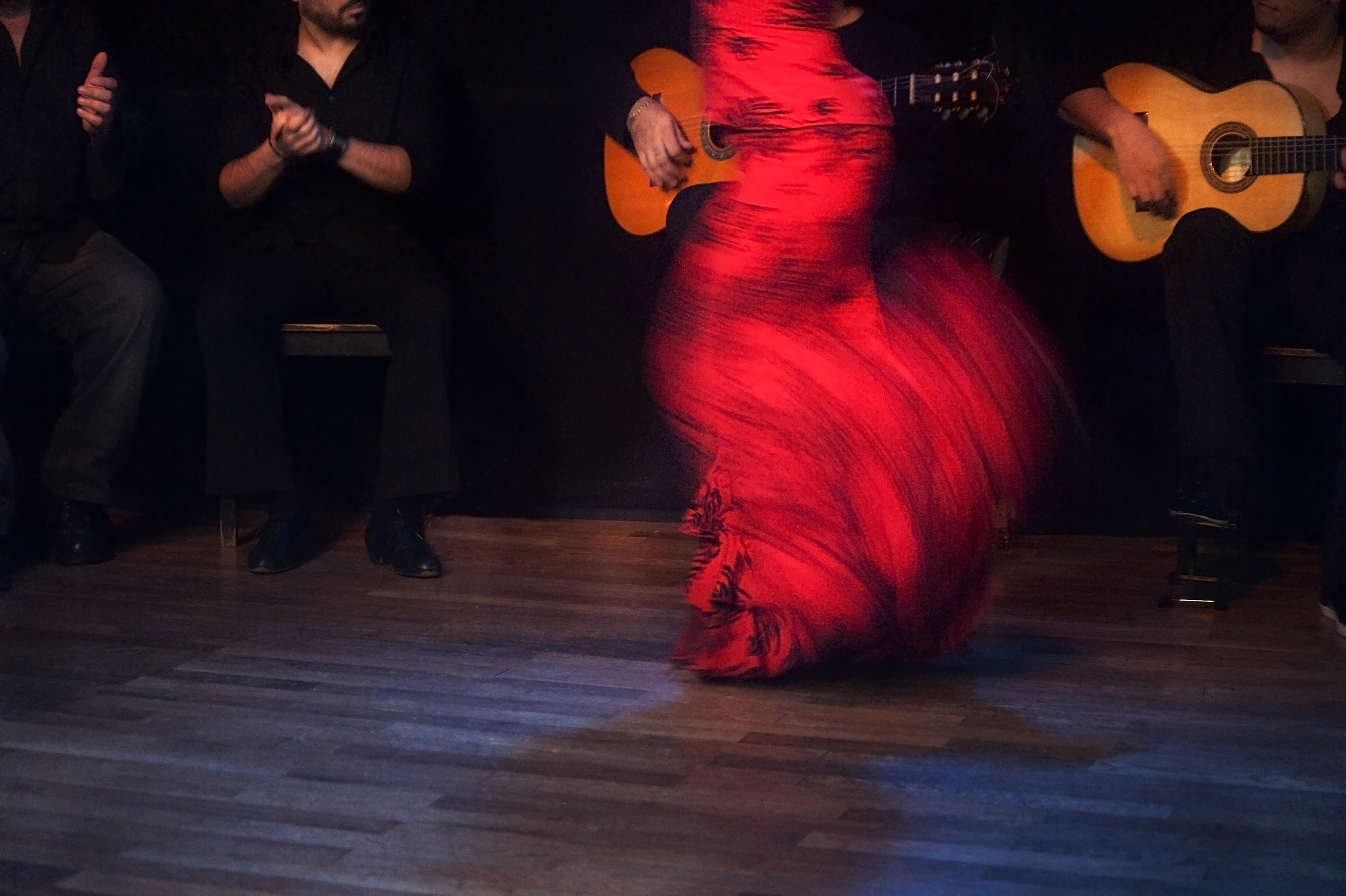 Madrid. Suma Flamenca - Cuadro flamenco con bailaora