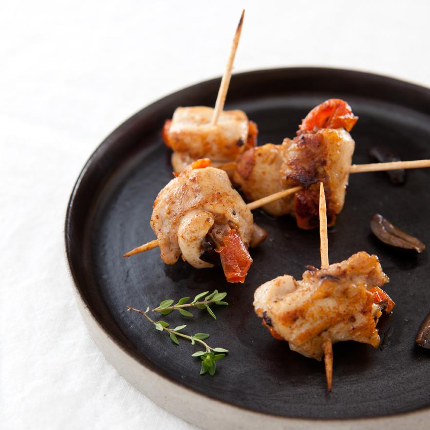Saltimbocca de râble de lapin aux tomates confites et aux olives noires - 23746 -BD