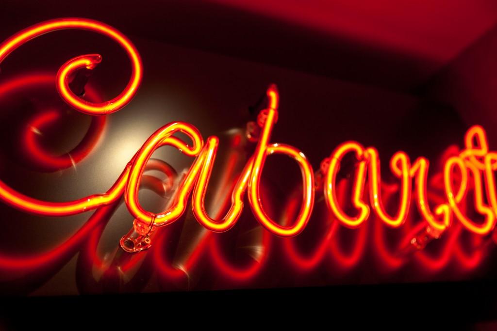 Hotel Seven Paris Suite Cabaret Show Glamour Copyright Maeva Destombes 9392