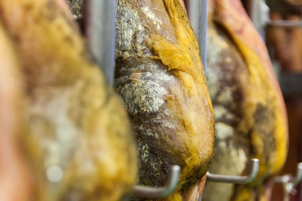 jambon-consorcio-serrano-espagne-copyright-maeva-destombes-8030