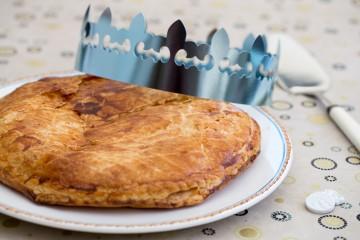 Moka la cr me au beurre d lices for Decoration galette des rois frangipane