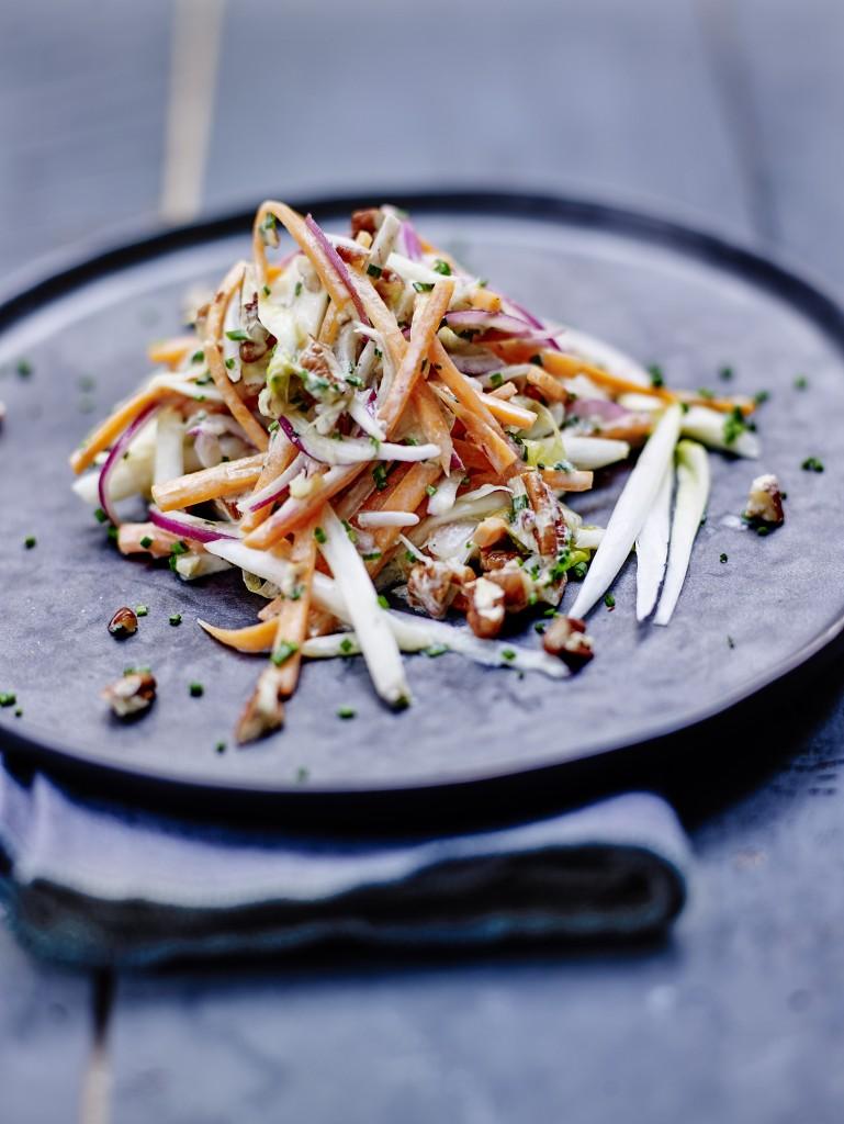 Endive facon coleslaw aux noix de pecan