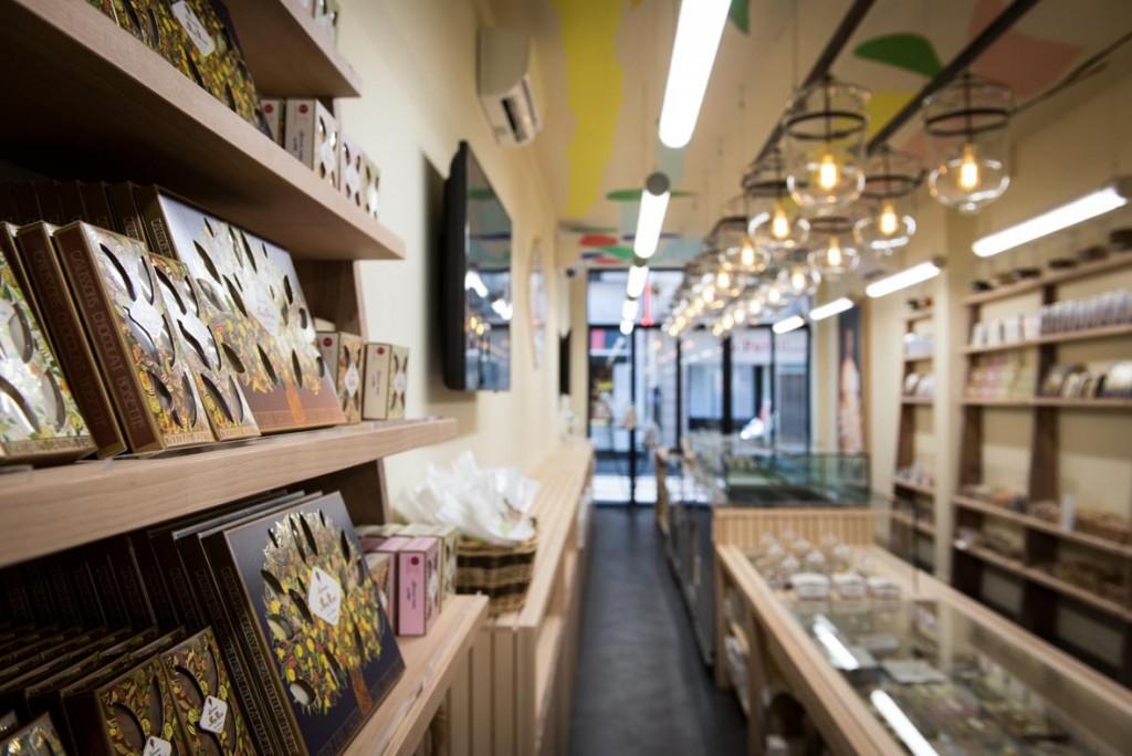 calissons-du-roy-rene-boutique-paris-aix-provence-copyright-Gregoire Voevodsky 02