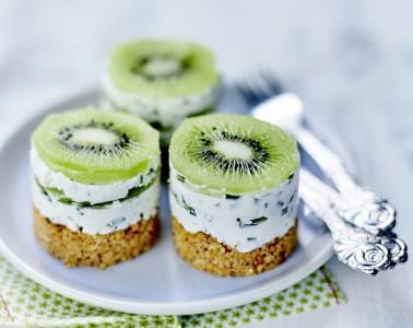 Petits cheesecakes au Kiwi de l'Adour IGP, ciboulette et fromage frais