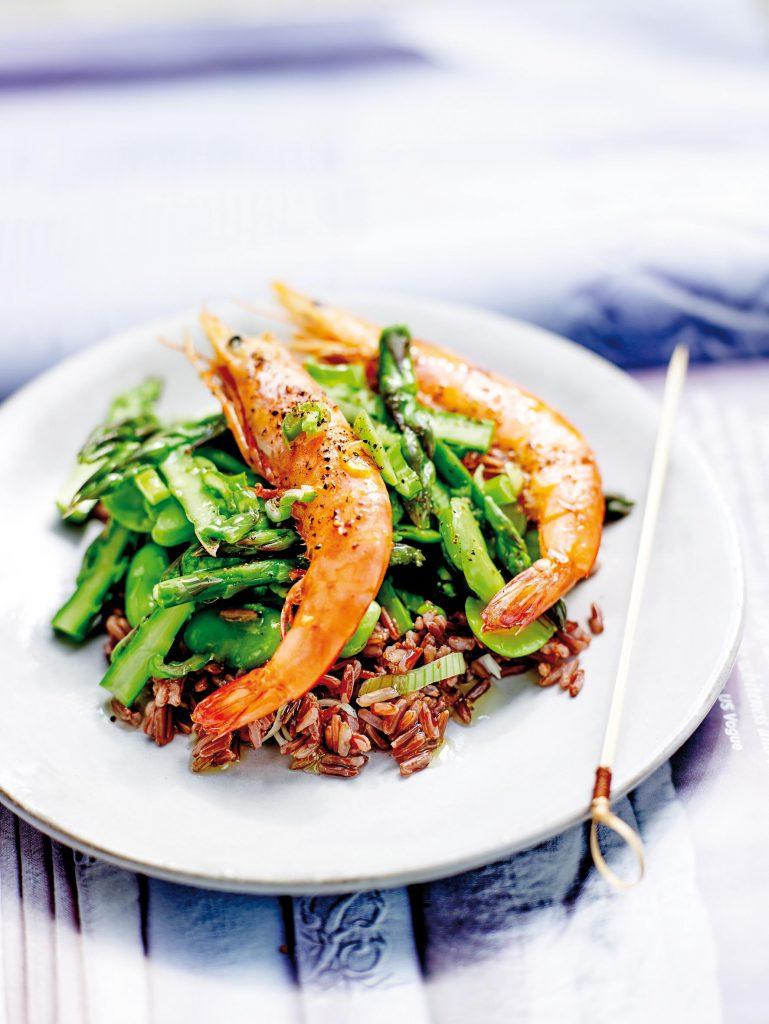 Crevettes_sautees_5_poivres_oliviers_co_asperges_feves