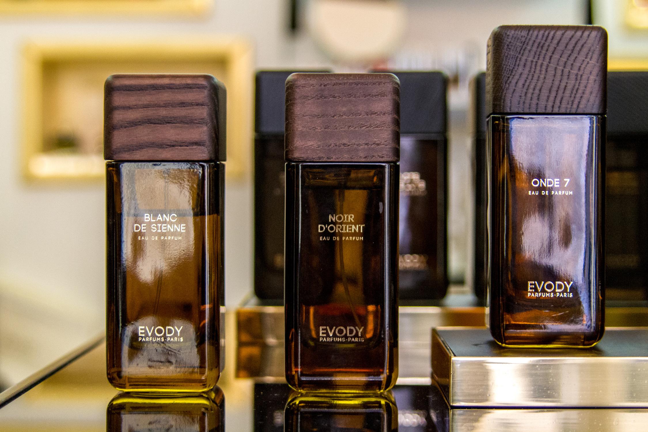 delices-mag-evody-onde7-parfum-niche-voyages-IMG_4382