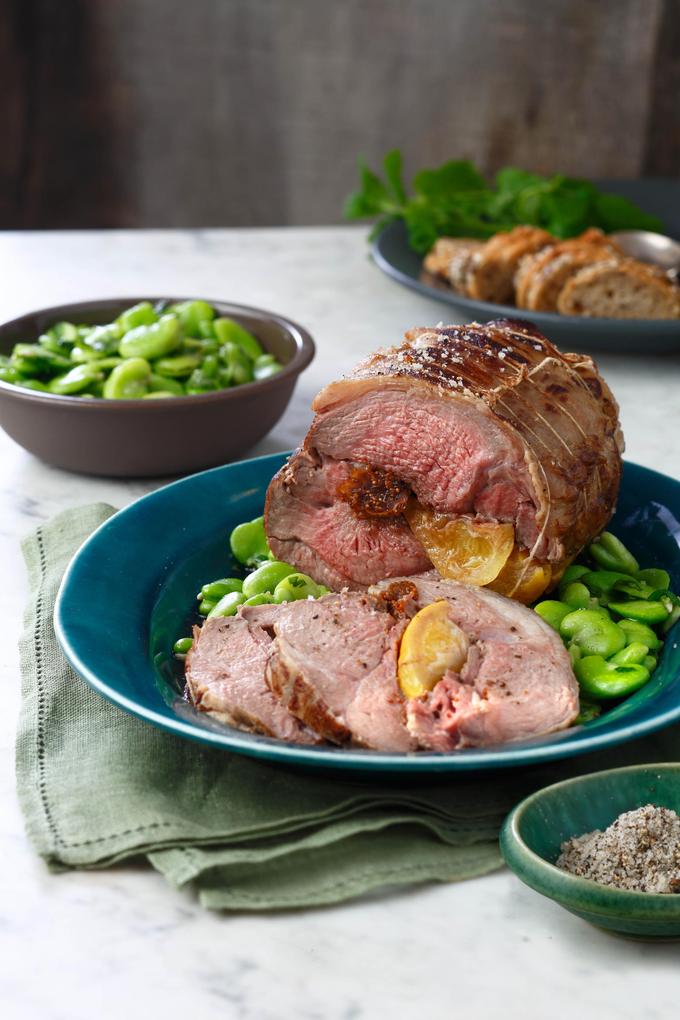 R ti d 39 agneau en cro te de sel de gu rande citrons confits et figues d lices - Roti d agneau cuisson ...