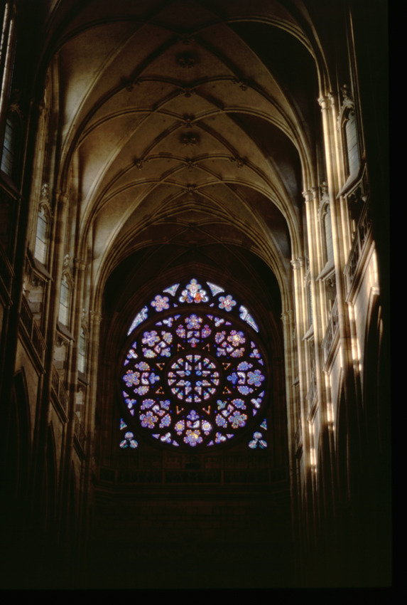 TchŽquie. Prague. CathŽdrale Saint-Guy. Des vitraux.