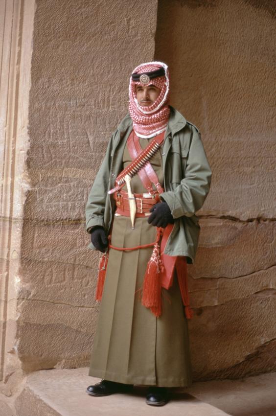 Jordanie. PŽtra. Al Khazneh (Le TrŽsor). Le gardien du temple.