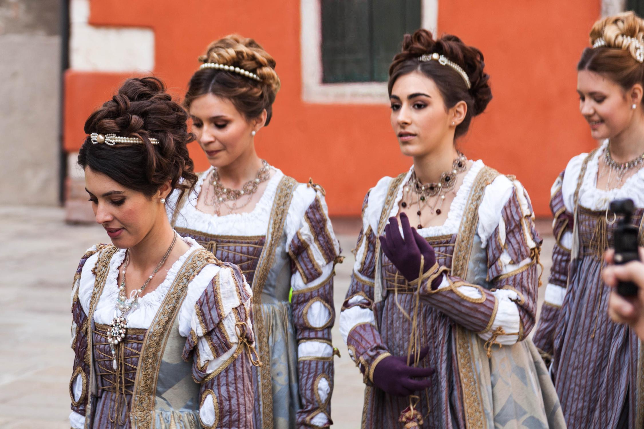 La procession des Marie lors du carnaval de Venise